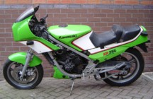 Spares bike, now with the GPZ600R front-end