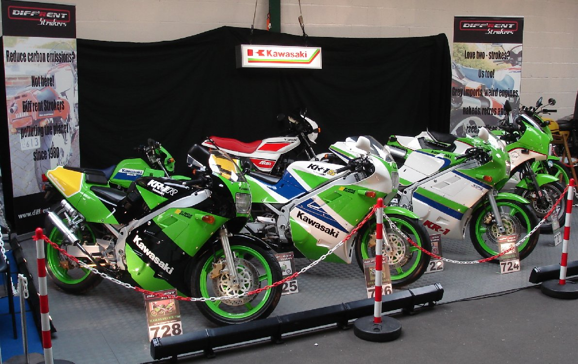 Lime-green frenzy at Stafford 2011